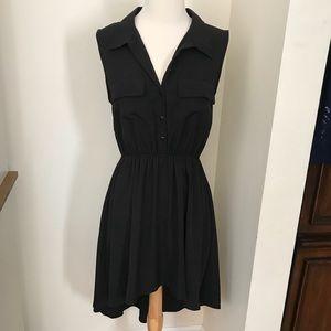 Black sleeveless shirt dress